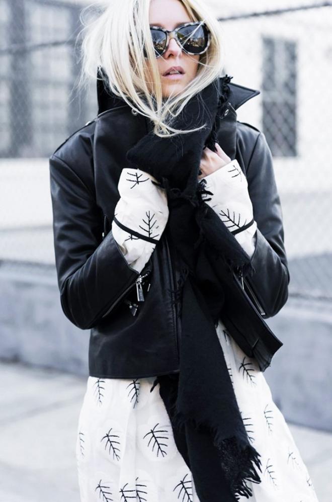 6 trang phục này sẽ tạo nên phong cách cho bạn trong những ngày se lạnh - hình 4 - zeeuni.com