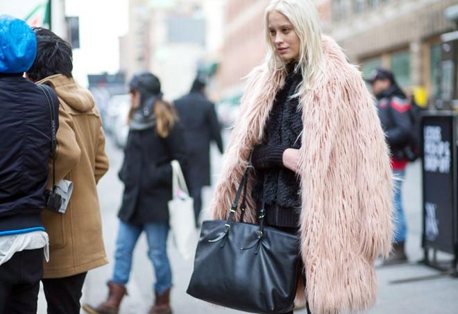 Áo khoác lông phủ sóng trên các đưởng phố New York - Hình 11
