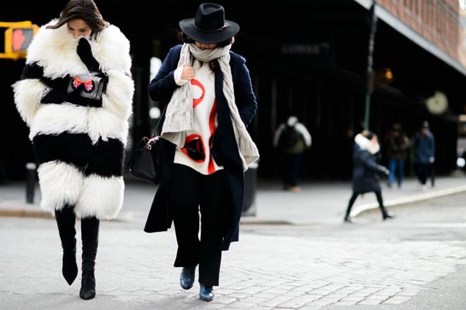 Áo khoác lông phủ sóng trên các đưởng phố New York - Hình 4