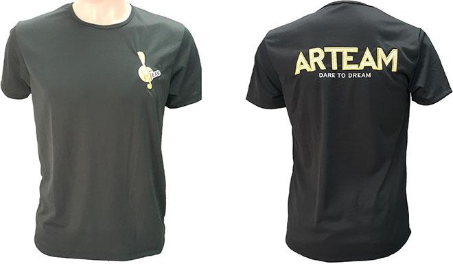 Áo phông đồng phục nhóm múa ARTEAM đã may thành phẩm.