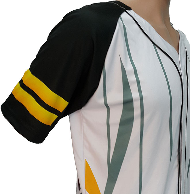 Hình ảnh vị trí bên phải của áo.