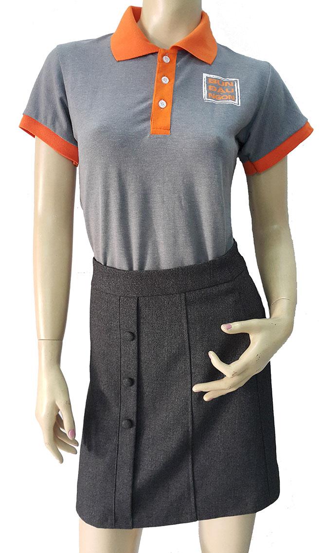 Mặt trước của mẫu áo thun đồng phục Bún Đậu Ngon.