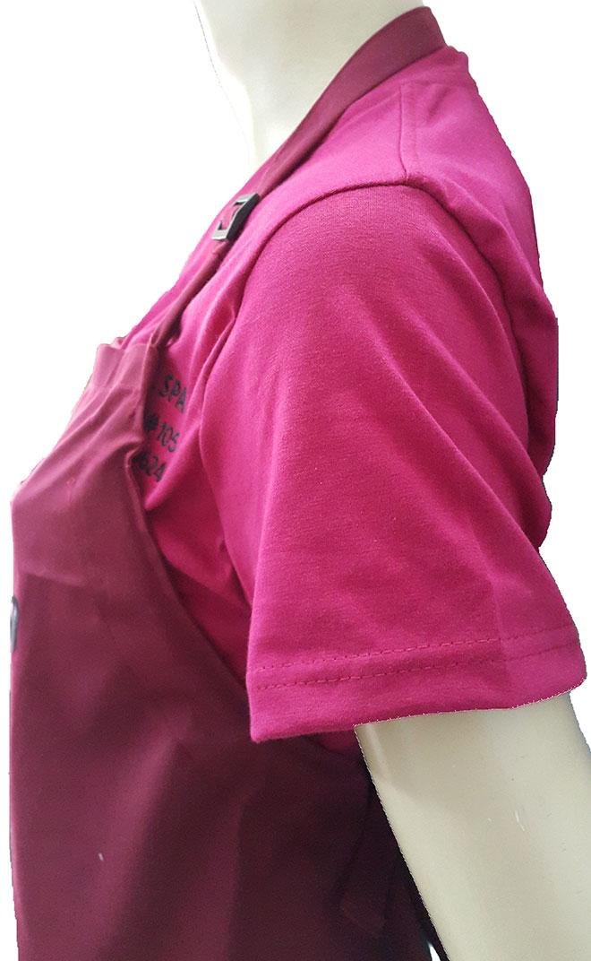 Phần cổ áo và tay áo của đồng phục OMG Nails Spa.