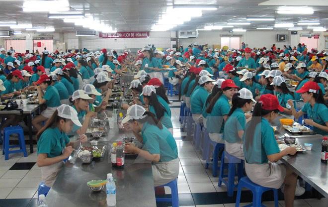 Mẫu áo thun đồng phục công nhân của Hong IK Vina