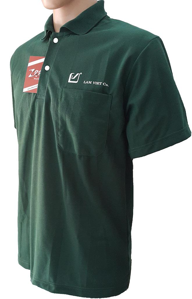 Áo thun đồng phục của Lâm Việt Co - mặt nghiêng