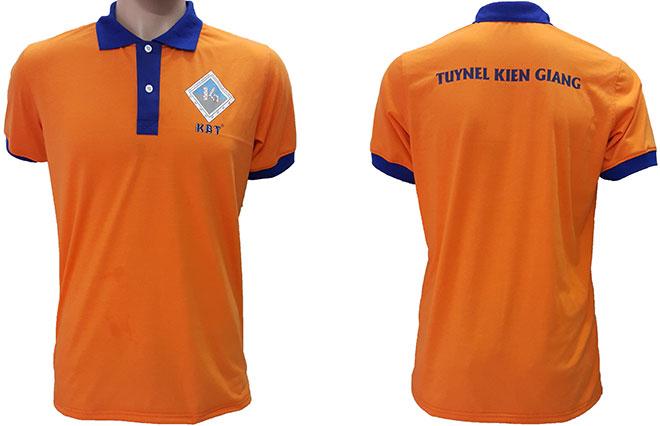 Áo thun đồng phục công nhân của công ty Gạch Ngói Kiên Giang đã may thành phẩm.