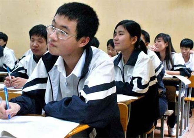 Chiếc áo khoác mang lại cảm giác ấm áp và hòa động cho các học sinh