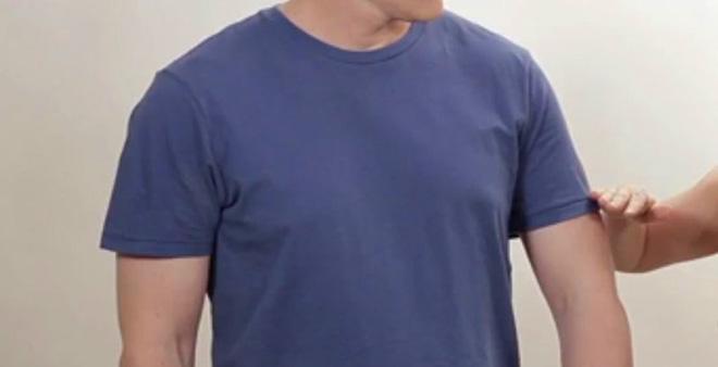 Cách mặc áo thun cổ tròn đẹp dàn cho phái mạnh - hình 8