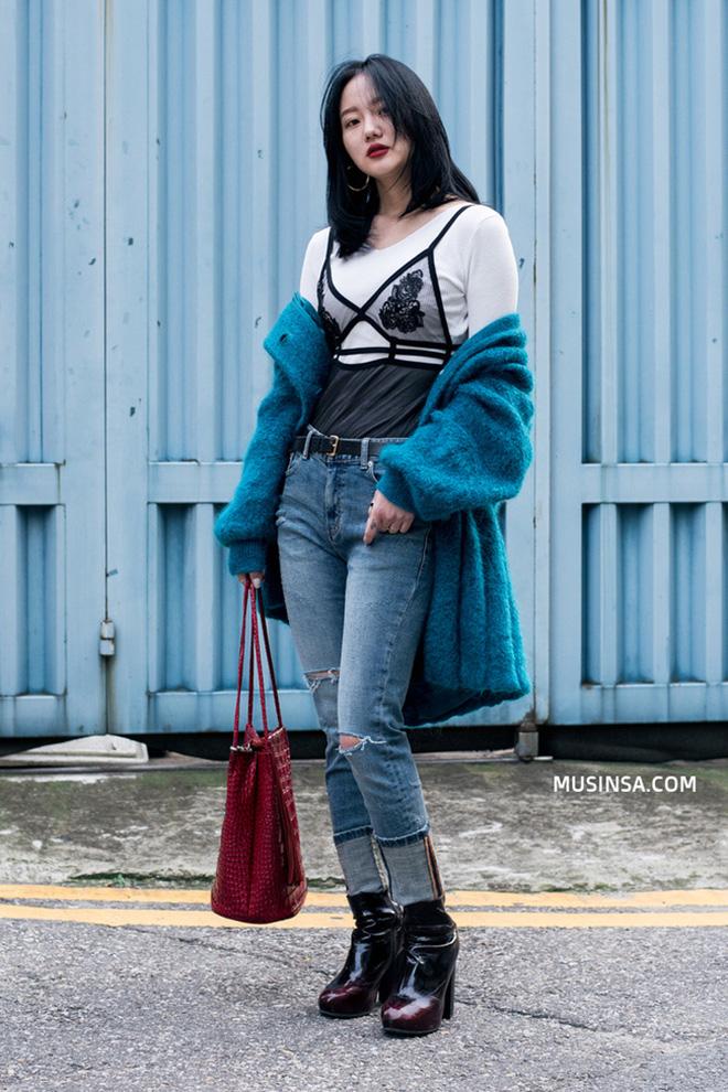 Cách phối áo khoác vừa đẹp vừa ấm áp của giới trẻ trên thế giới - hình 3 - zeeuni.com