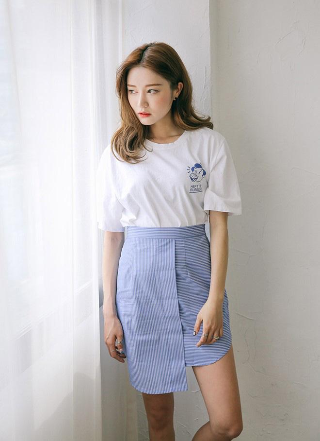 Cách phối áo thun trẻ trung năng động - hình 3 -zeeuni.com