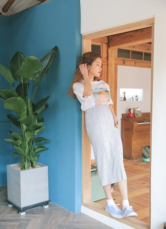 Cách phối áo thun trẻ trung năng động - hình 9 - zeeuni.com