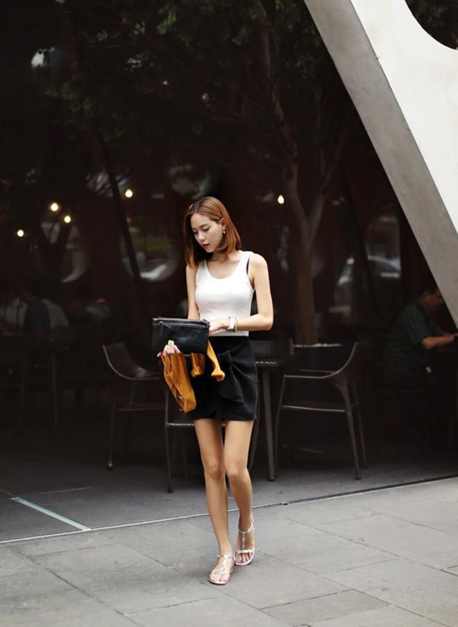 Công thức mặc áo thun tank-top đẹp theo dáng người cho các bạn nữ - hình 1 - zeeuni.com