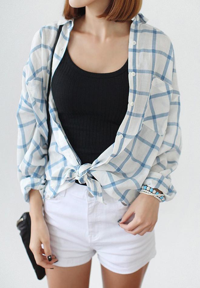 Công thức mặc áo thun tank-top đẹp theo dáng người cho các bạn nữ - hình 11 - zeeuni.com