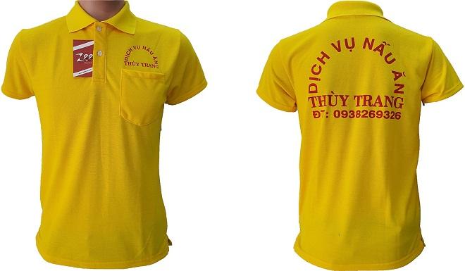 Áo thun đồng phục của dịch vụ nấu ăn Thùy Trang