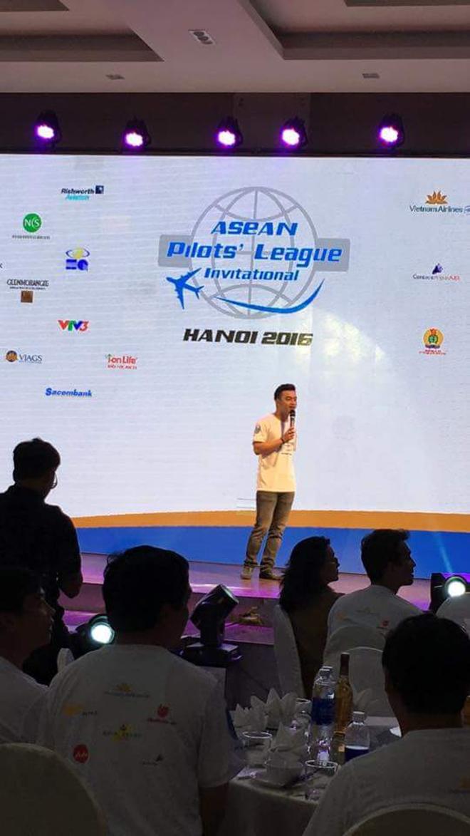 Đồng phục áo thun sự kiện Asean Pilots' League - hình 8 - zeeuni.com