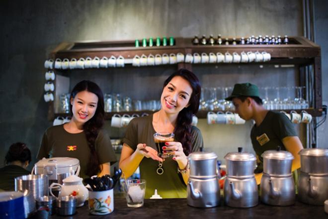Đồng phục quán cafe đẹp hợp thời trang may ở đâu thì uy tín - 5 - zeeuni.com