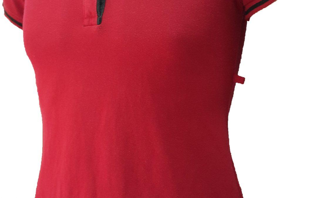 Áo thun đồng phục của Lý Bảo Minh - mặt nghiêng