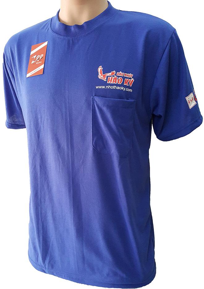 Chiếc áo thun quà tặng mà dầu nhớt Hào Ký làm để tặng cho khách hàng - nhìn nghiêng