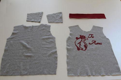 Để may áo thun, bạn cần cắt vải thun chuẩn để có các mảnh thân trước, thân sau, 2 ống tay áo và cổ.