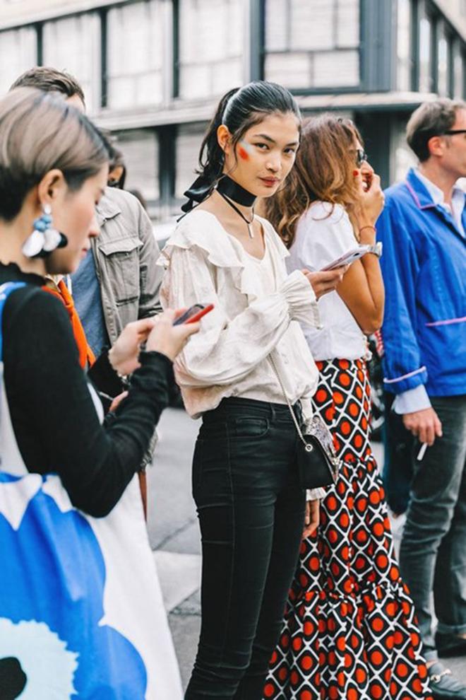 Muôn kiểu phối áo sơ mi giúp bạn mặc áo đẹp hơn gấp bội - hình 1 - zeeuni.com