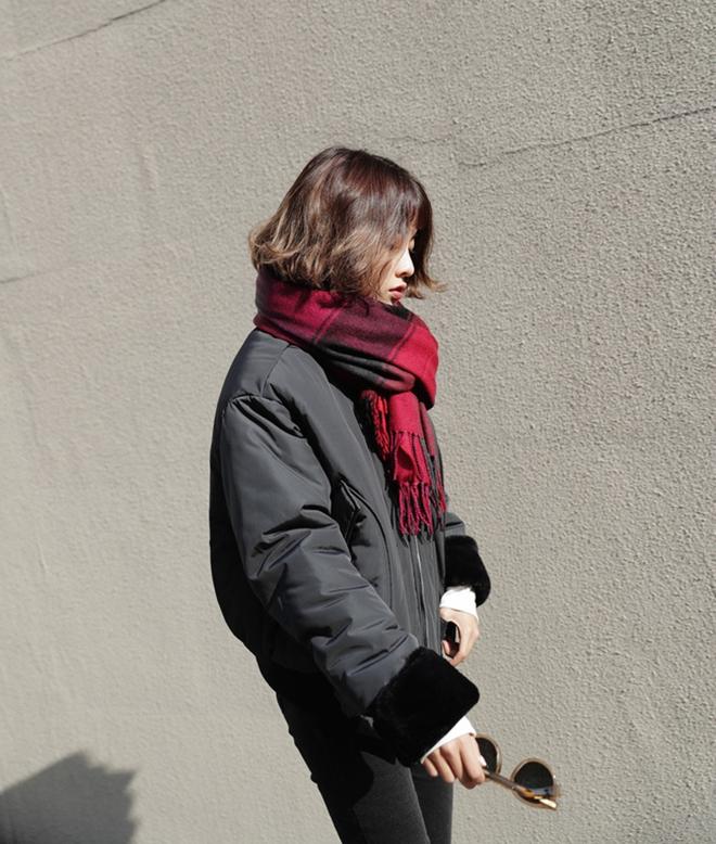 Phối áo khoác dù thật sành điệu chỉ với 5 bước đơn giản - hình 21 - zeeuni.com