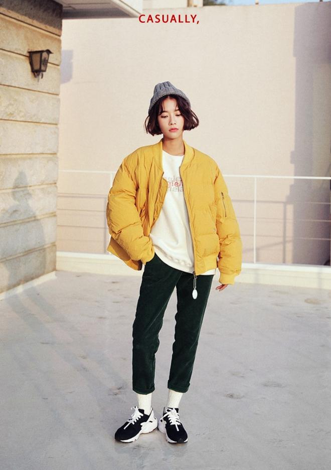Phối áo khoác dù thật sành điệu chỉ với 5 bước đơn giản - hình 1 - zeeuni.com